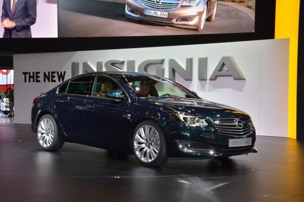 2014-Opel-Insignia-Frankfurt-01